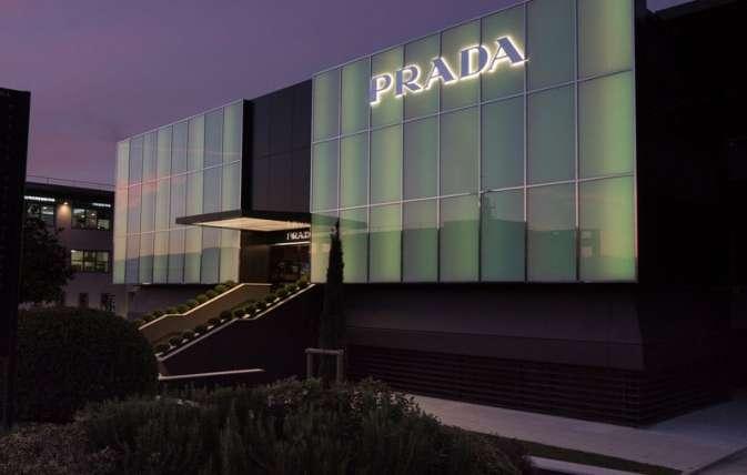 Prada – The Mall